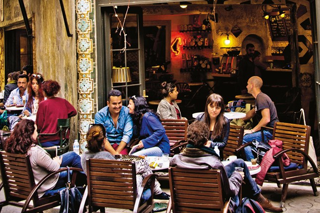 cafe-karakoy-istanbul-conde-nast-traveller-3march14-camera-press_646x430